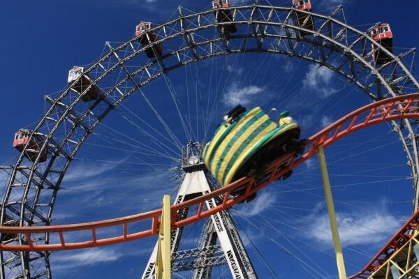 Freizeitparks Deutschland - Riesenrad und Achterbahn