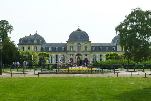 Schloss Poppelsdorf in der Poppelsdorfer Alee
