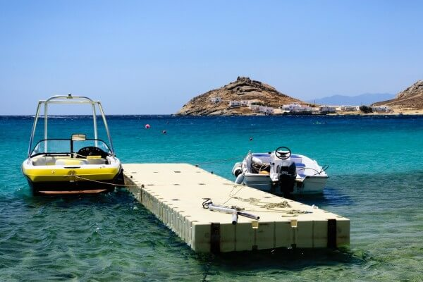 Mykonos-Urlaub: Auch ein Urlaubsziel für Wassersport-Fans