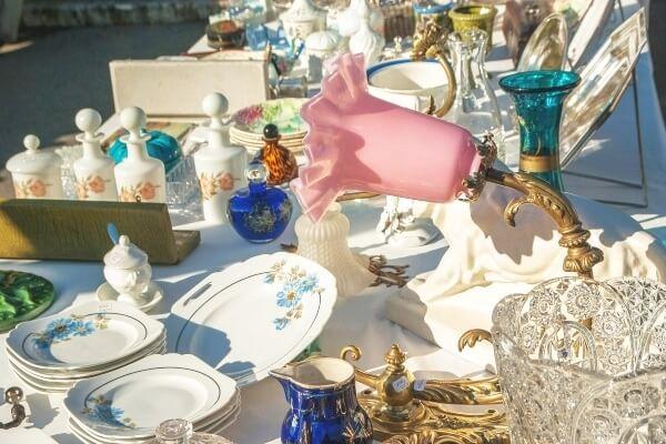 Luisenfest 2017: Erkunden Sie den vielfältigen Trödel auf dem Flohmarkt!