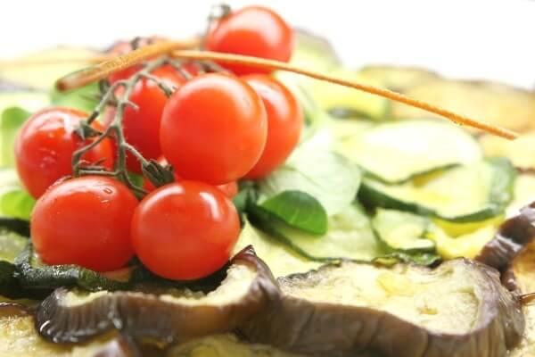 Raffiniert: Gemüsepfanne mit Jostabeeren verfeinern!