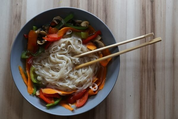 Vegan-asiatische Köstlichkeiten