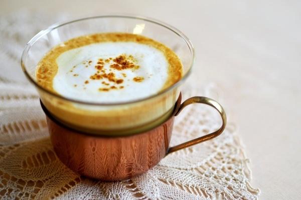 Goldene Milch – leckerer und gesunder Stimmungsaufheller